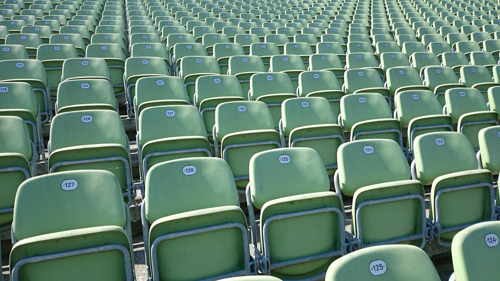 grandstand-334476_1920