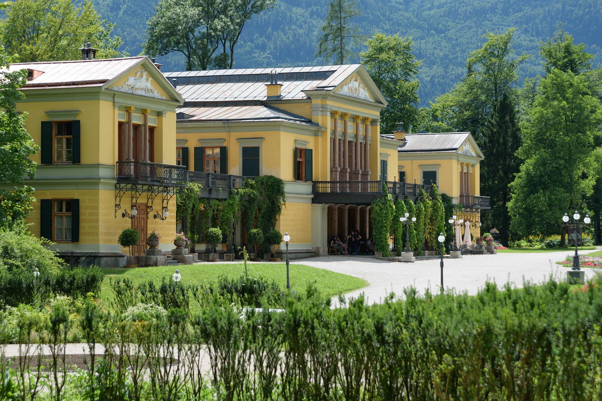 imperial-villa-2485537_1920