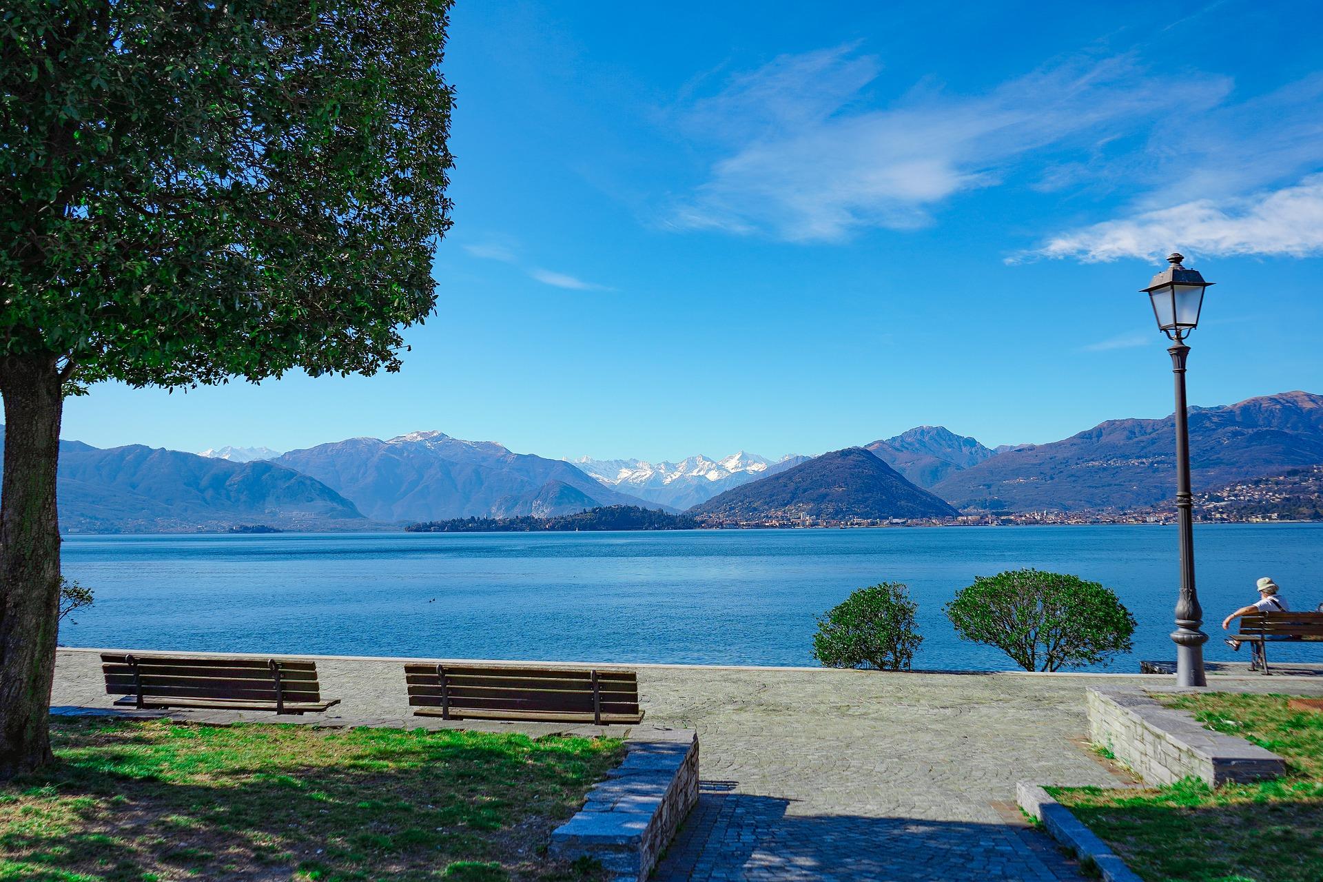 lago-maggiore-4097479_1920