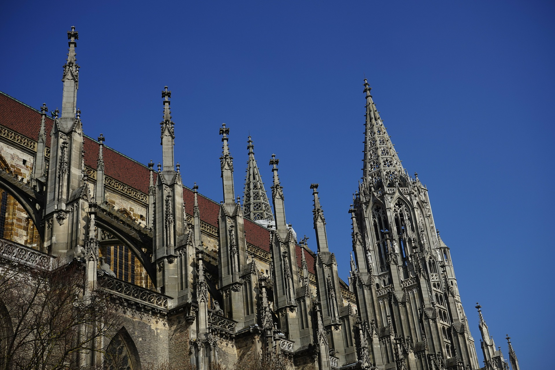 ulm-cathedral-318251_1920