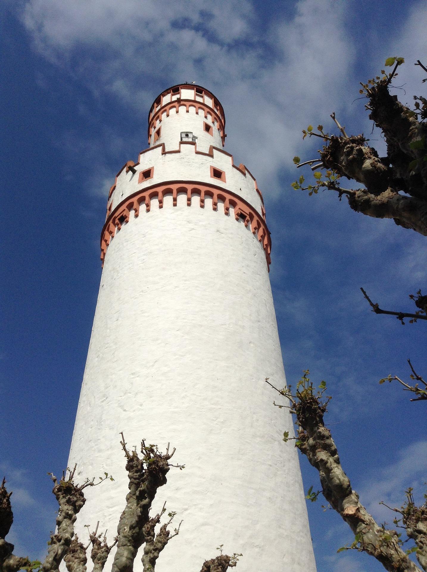 white-tower-751806_1920
